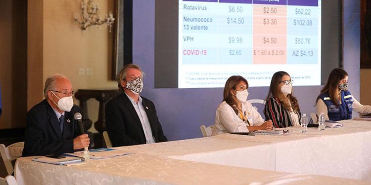 El consejo consultivo de vacunas aseguró que no existe antecedentes del mal manejo de los fondos para la adquisición de vacunas anticovid.
