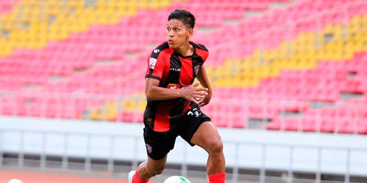El hondureño Moya vio acción y anotó gol en Tanzania.