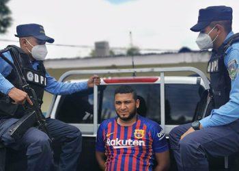 El detenido fue puesto a disposición del juzgado competente para que se continúe con el proceso legal en su contra.
