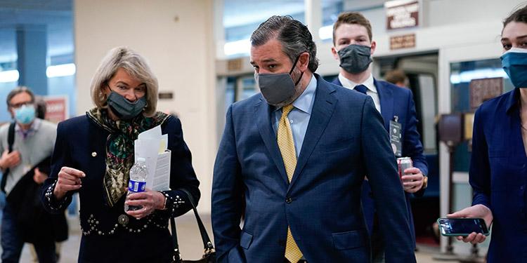 El senador texano Ted Cruz reconoció que ha viajado a México para pasar unas vacaciones familiares al tiempo que su Estado sufre una dura tormenta invernal.