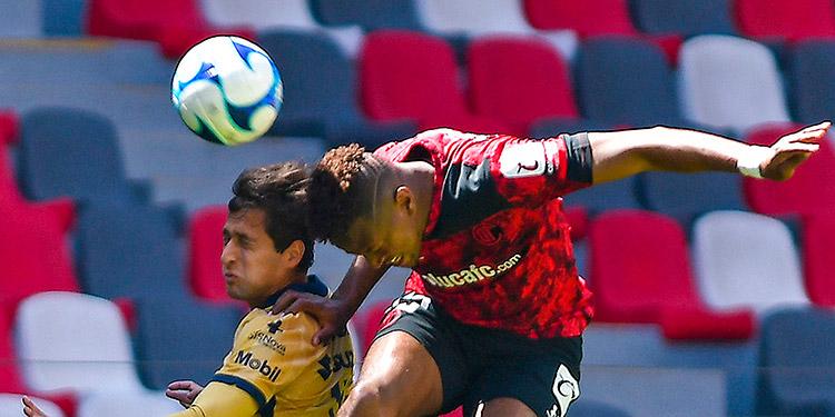 Toluca venció a Pumas y mantiene la pugna por la punta con el América.