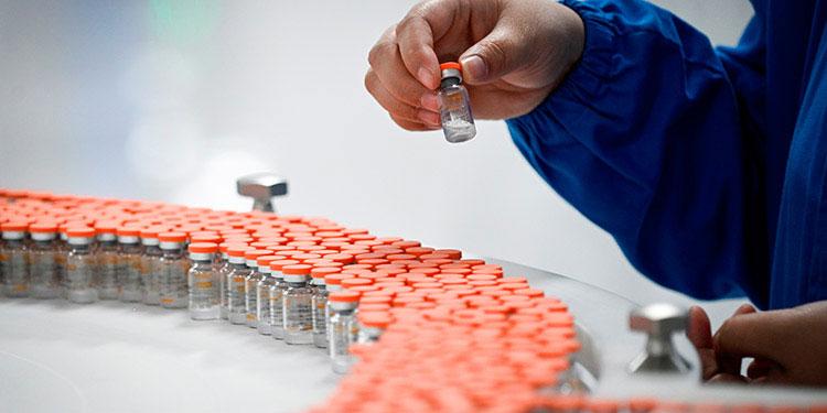 En la última semana de marzo llegarán las primeras vacunas contra el COVID-19, a través de Covax.