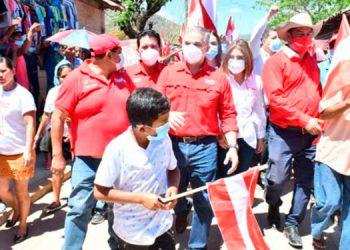 """El próximo alcalde Yanista de Reitoca, Marlon Osorto, manifestó que """"Reitoca ha sido escenario de un fenómeno político en apoyo a Yani Rosenthal."""