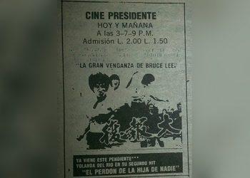 Buscábamos en los diarios la cartelera para asistir al cine. Noten el precio de las entradas.