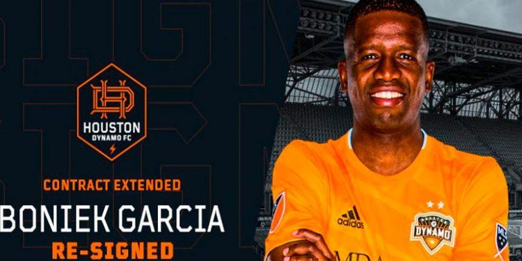 Houston Dynamo hace oficial la renovación de Boniek García