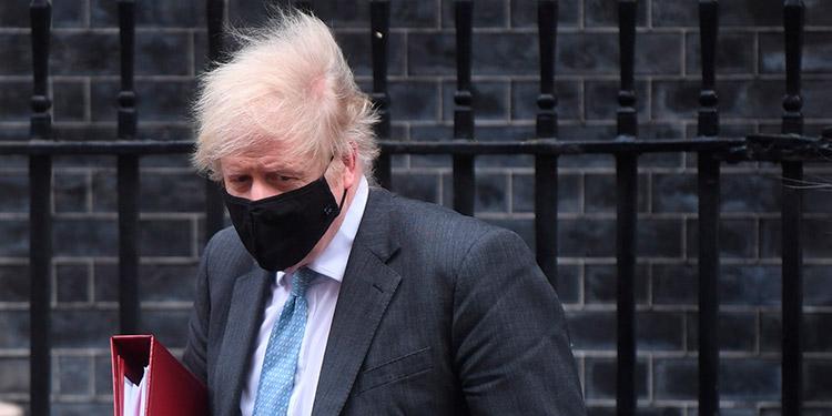 Reino Unido planea desescalada progresiva del 8 de marzo al 21 de junio