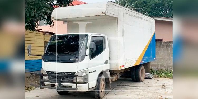 Recuperan camión con reporte de robo en Cortés