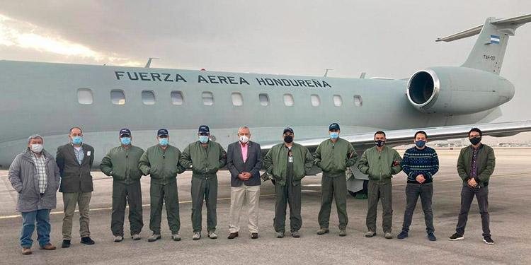 Avión presidencial que transportará vacunas donadas por Israel, aterriza en Tel Aviv