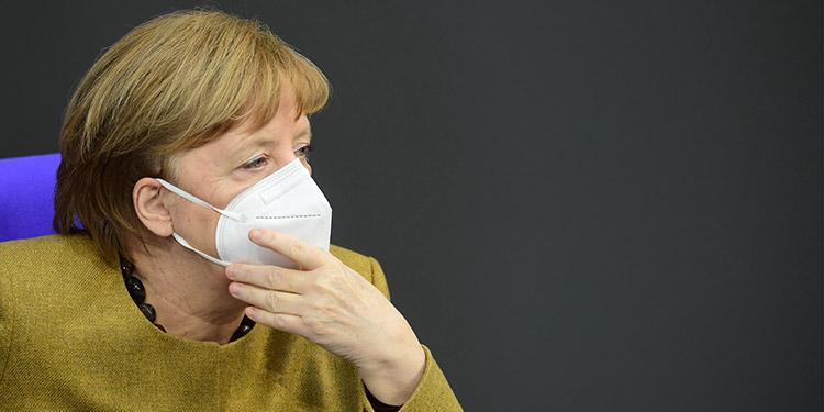 Merkel anuncia 1,500 millones de euros para la lucha global contra la covid