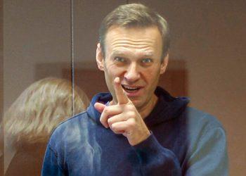 Fiscalía rusa pide que le apliquen multa a Navalny