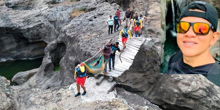 En esta poza ubicada en el cañón de Caulato murieron ahogadas los dos bañistas. Juan Francisco Cruz Álvarez (foto inserta)