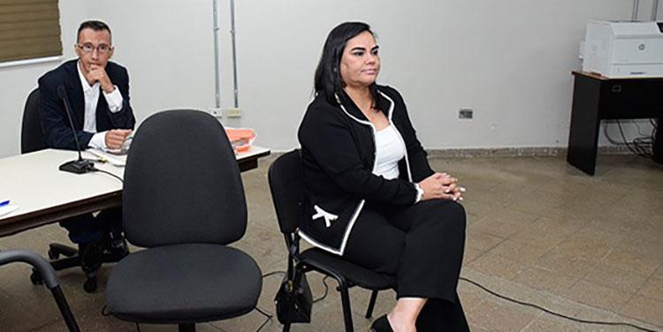 Ex primera dama Rosa Elena Bonilla de Lobo (2010-2014), y el exsecretario del despacho Saúl Fernando Escobar.
