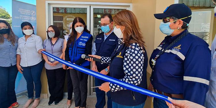 Autoridades sanitarias inauguraron el laboratorio de biología molecular para el procesamiento de pruebas PCR y detectar COVID-19 en Copán.