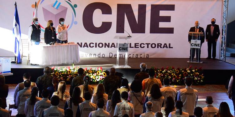 Las elecciones primarias resultaron en una fiesta cívica a lo largo y ancho del país.