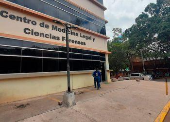 A la morgue capitalina durante el fin de semana pasado ingresaron los cuerpos de 13 personas, quienes murieron de forma violenta en distintas partes del país.