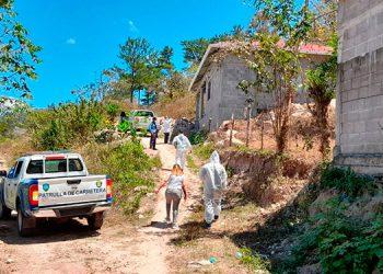 La joven Rosa Carolina Vásquez Tróchez apareció muerta en el interior de una casa del barrio El Cavario de Santa Bárbara.