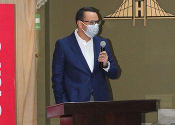 Froylán Ayón, director de país de Claro.
