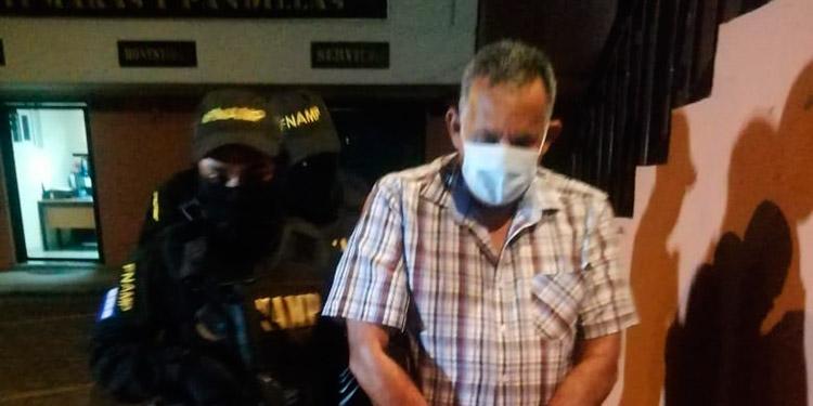 El dirigente del transporte, Jorge Alberto Sánchez, y un acompañante, fueron capturados porque cobraban extorsión a sus mismos operarios.