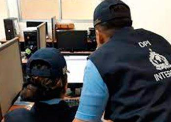 Encargados de Interpol en Honduras ya notificaron y enviaron las solicitudes de extradición de los seis connacionales.