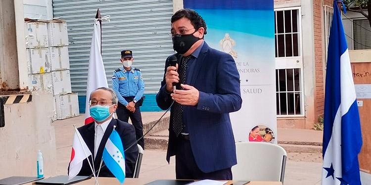 Autoridades de la Sesal recibieron el tercer y último lote de equipo de ultrasonidos digitales donado por el gobierno del Japón.