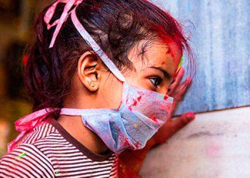 Los pediatras recomiendan no descuidar las medidas de bioseguridad en los niños, ya que también son vulnerables al COVID-19.