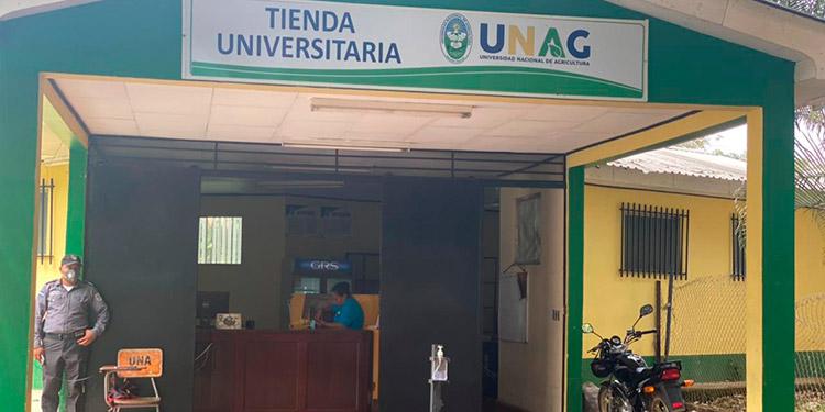 Con la tienda universitaria se viene a vender los productos de la universidad.