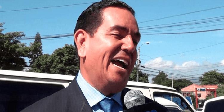 Toño Rivera.
