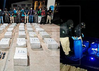 Trasladan a la capital a los 5 extranjeros capturados con cargamento de cocaína en La Mosquitia