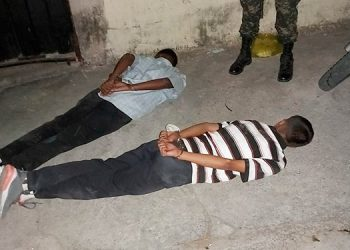 Caen dos supuestos pandilleros cuando secuestraban a una joven en Comayagüela