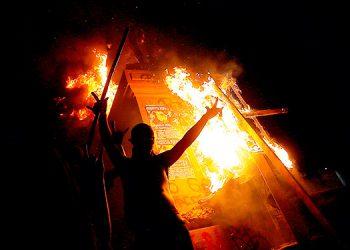 Las protestas contra el Gobierno chileno dejan 63 detenidos