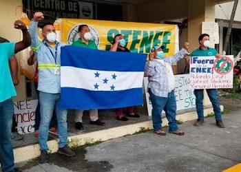 STENEE continúa protestando a nivel nacional exigiendo la salida de interventora