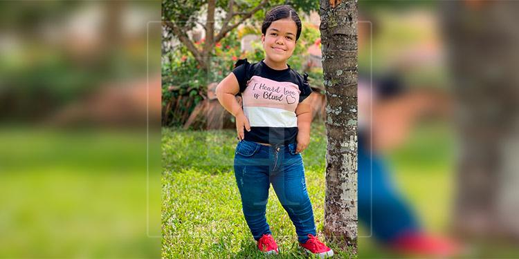 Hondureña rompe el 'bullying' y se convierte en 'musa' de un fotógrafo profesional