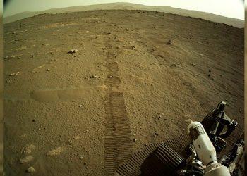 El rover Perseverance recorre sus primeros metros en la superficie de Marte