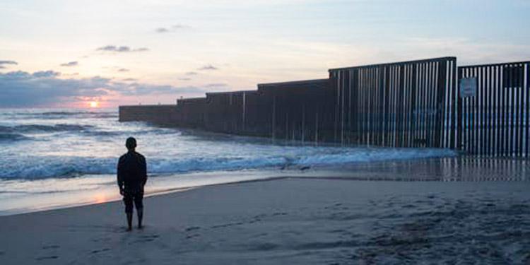 Migrante hondureña perece al intentar cruzar la frontera de EEUU nadando