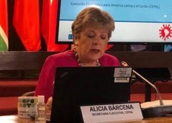 Alicia Bárcena precisó que más de la mitad de las economías de la región tiene una clasificación crediticia de alto riesgo.