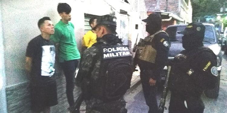 """Militares y policías de los entes de la Fusina han redoblado los operativos de rastreo y captura de miembros de """"maras"""" y pandillas"""