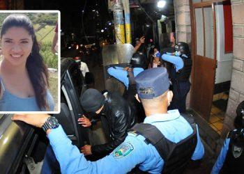 Con la solicitud de despido de dos agentes involucrados, Didadpol concluyó su participación en el sonado caso de la muerte dentro de una posta policial, de la jovencita Keyla Martínez (foto inserta).