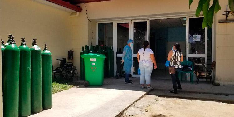 La Sala COVID-19 tiene una capacidad para 50 camas, pero en los últimos días se ha rebasado a 58 pacientes.