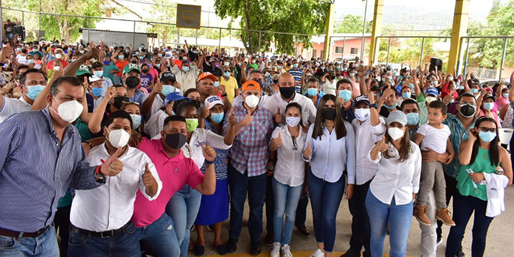 """David Chávez dijo que los hondureños seguirán a """"Papi a la Orden"""" por las cosas buenas que hace."""