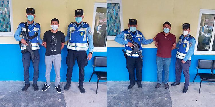 Tras su arresto, los imputados fueron trasladados a una estación policial, por suponerlos responsables de robo en su grado de ejecución de tentativa.