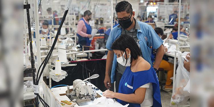 HanesBrands es una de las dos únicas compañías textiles en ser reconocidas de entre 135 compañías que abarcan 22 países y representan a 47 industrias.
