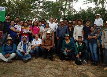 Procagica: realiza intercambio de experiencias entre los productores socios del programa