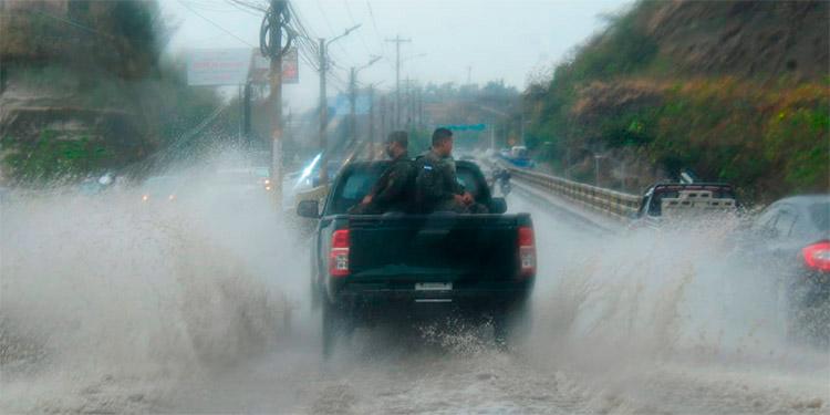 Según Cenaos ha iniciado oficialmente la temporada lluviosa en el territorio nacional.