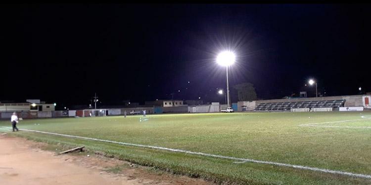 En el estadio Marcelo Tinoco será el juego entre capitalinos y ceibeños.