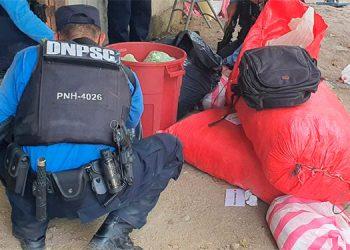 La droga estaba escondida en unos sacos rojos y al interior de un inmueble de la colonia Lomas del Carmen.