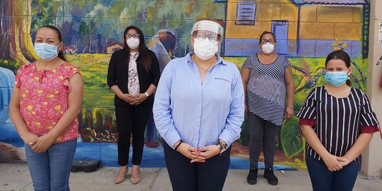 Las maestras Antonia Rivera, Marilú Mejía Martínez, Gelsin Alvarado y Merlyn Velásquez, son las encargadas de brindar el pan del saber a los estudiantes.
