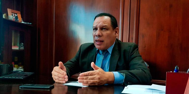 El científico Marco Tulio Medina señaló que es probable que en Honduras circule la variante brasileña del COVID-19.
