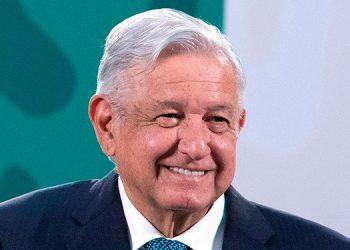 El presidente de México, Andrés Manuel López Obrador, miente o da datos inexactos 80 veces de media en cada una de sus conferencias matutinas, según el informe de la organización Signos Vitales. (LASSERFOTO EFE)