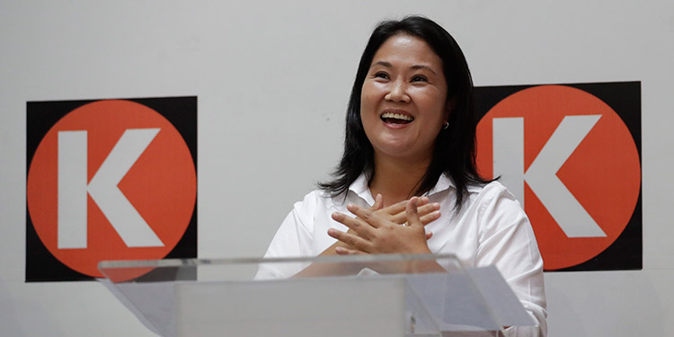Los candidatos presidenciales peruanos Pedro Castillo y Keiko Fujimori confirmaron que debatirán este sábado. (LASSERFOTO EFE)