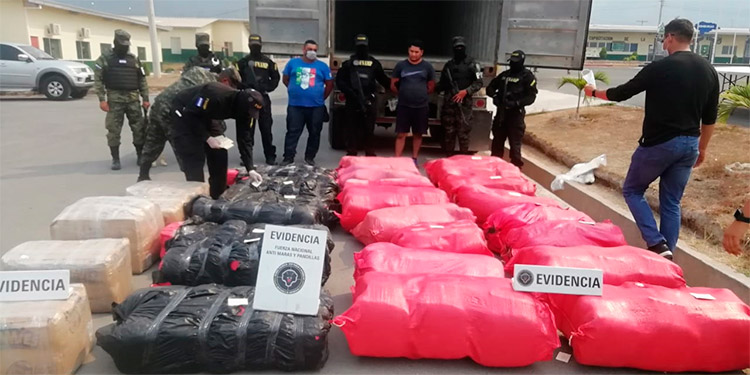 El gobierno destaca como un importante logro, el reducir en más del 84 por ciento el paso de la droga por Honduras con destino a Estados Unidos.